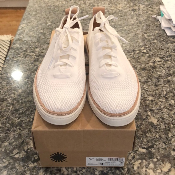 UGG Shoes | Sidney Sneaker Size 9